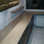 blaty kuchenne z konglomeratu kwarcowego Crystal Sahara